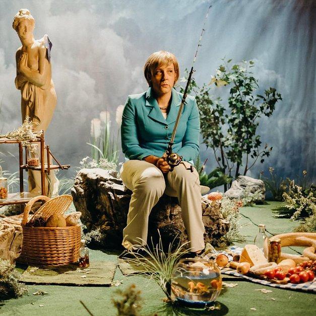VIDEO: Klemen Slakonja kot Angela Merkel s svojo najbolj provokativno imitacijo do zdaj? (foto: facebook.com/klemenslakonja/photos)