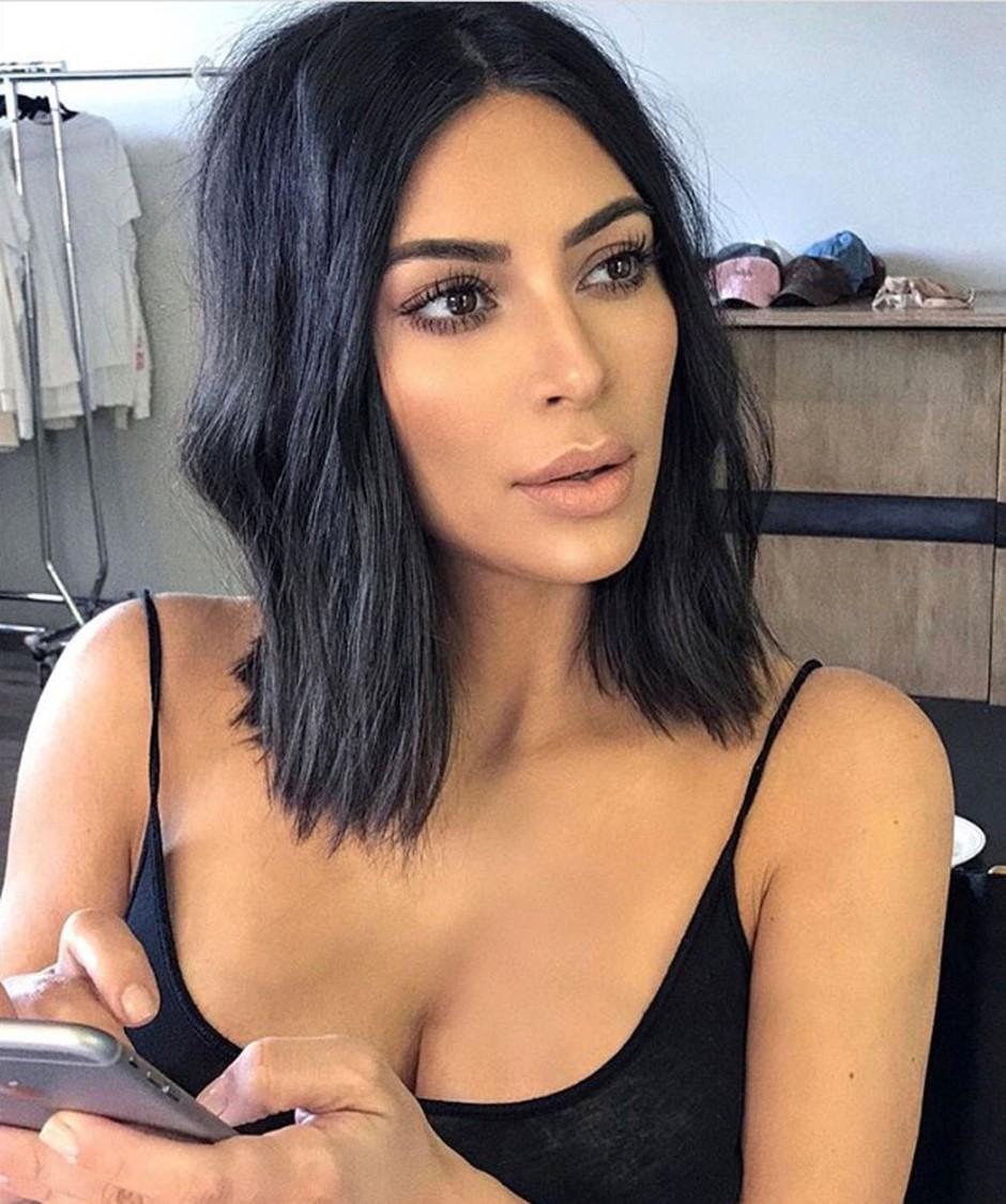 Na Kim Kardashian se je usul val kritik zaradi fotke 1-letnega sinčka Sainta! (foto: Profimedia)