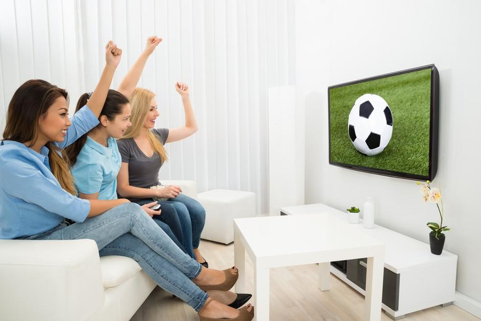 PUNCE POZOR: Na SportklubTV iščejo komentatorko (foto: shutterstock)