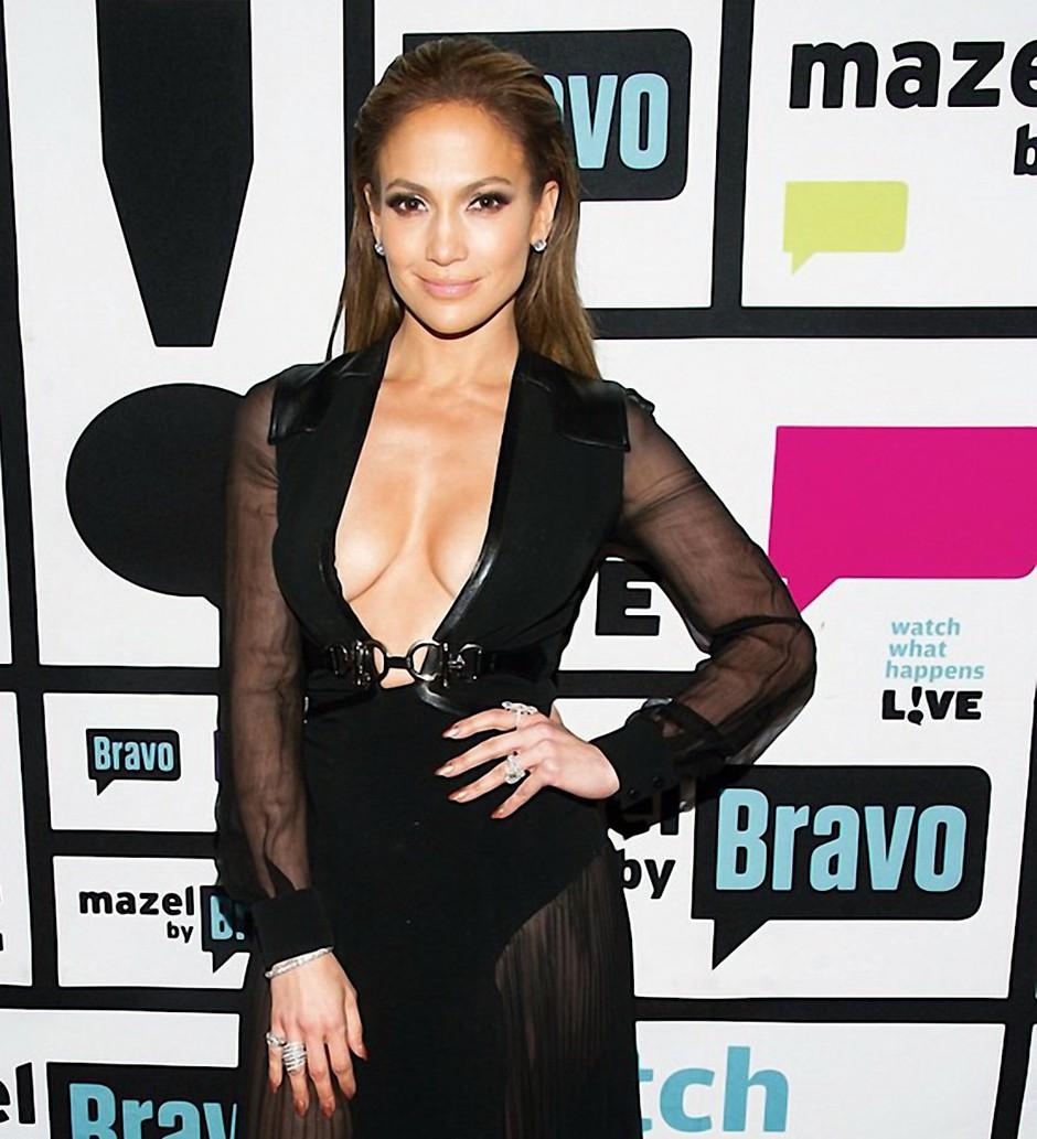 Osebna trenerka Jennifer Lopez  je razkrila, kaj vse zvezdnica počne za svojo seksi postavo (jedilnik + vaje) (foto: Profimedia)