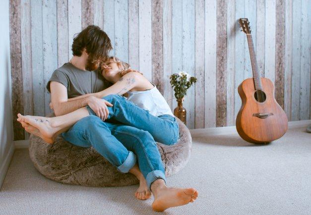 """""""Obožujem, ko mi partner reče ..."""" (23 stavkov, ki nam polepšajo dan) (foto: Unsplash/Toa Heftiba)"""
