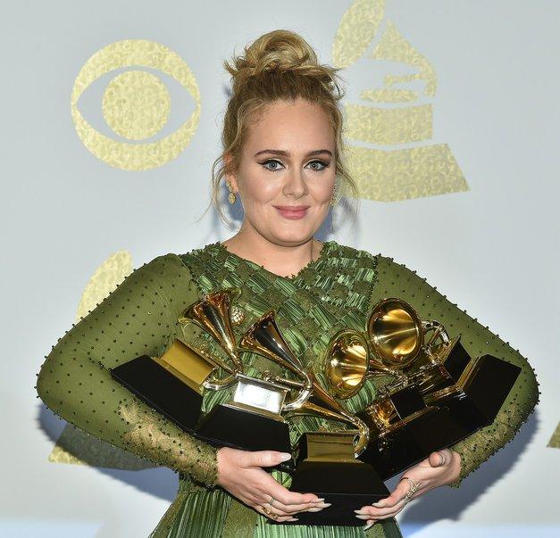 Adele: Zakaj trenutno ni sposobna napisati kakšnega hita? (foto: Profimedia)