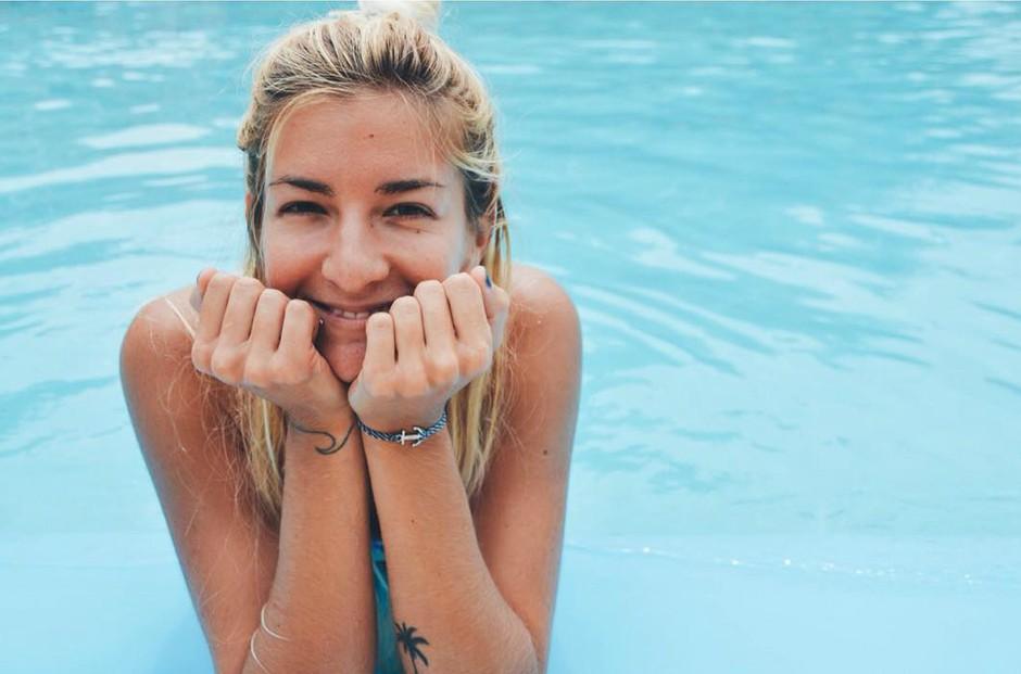 Zala Čuden: Slovenka, ki je živi svoje sanje na valovih (foto: Instagram.com/@zalacuden)