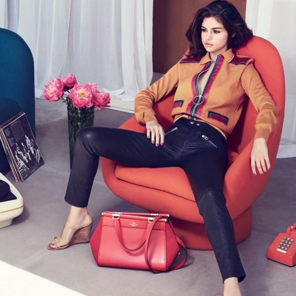 Selena Gomez postala oblikovalka torbic, poglej si njen 1. izdelek! (foto: www.instagram.cm/selenagomez)