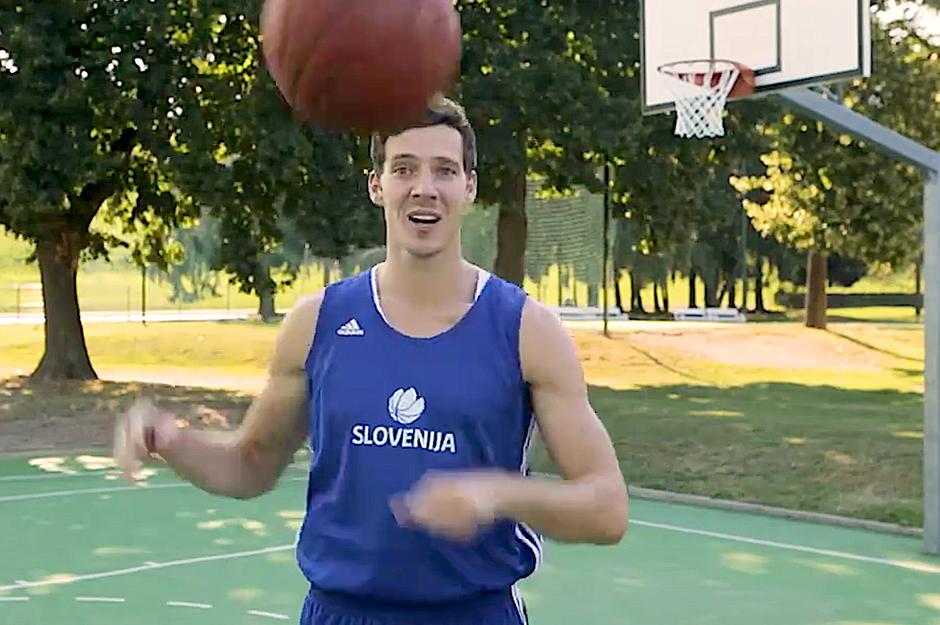 VIDEO: Zabavni zapleti s snemanja preden so šli na Eurobasket 2017 (smeh do solz) (foto: PrtSc video)