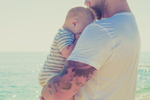 To pismo očka ob rojstvu otroka te bo ganilo do solz! (foto: Profimedia)