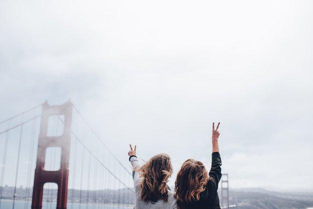 Kako pomagati prijateljici po razpadu zveze (foto: Unsplash/Ian Schneider)