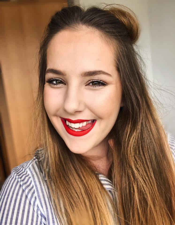 Tri slovenske YouTube influencerke, ki ti bodo razkrile vse trike o ličenju (foto: Facebook/LanaSpitalMakeup)