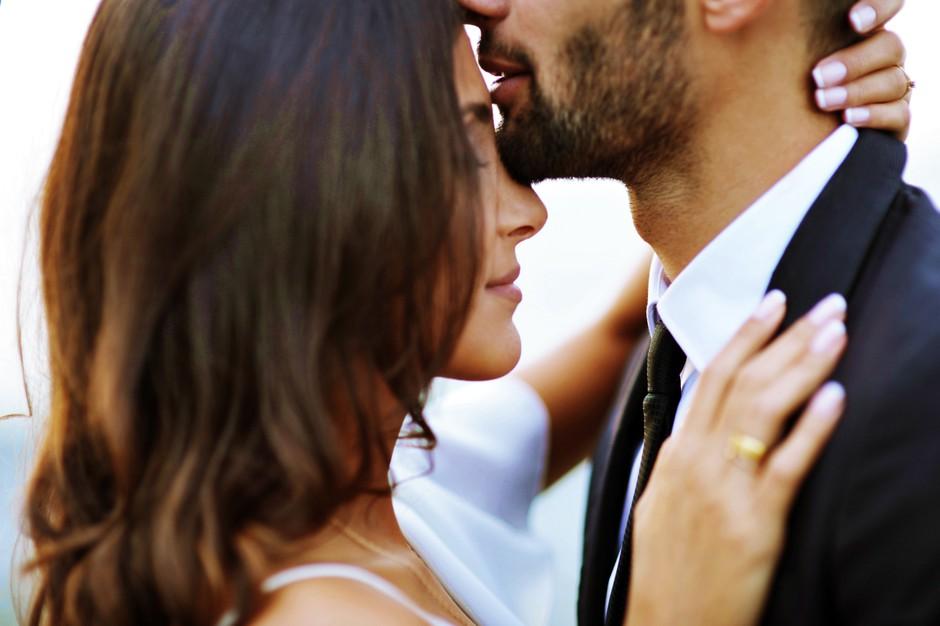 Si vanj le zaljubljena ali ga zares ljubiš? Nujno preveri! (foto: Unsplash.com/Mari Lezhava)
