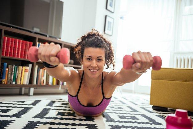 OMG! Brezplačno pobrskaj med vrhunsko izbiro spletnih vadb! (foto: shutterstock)