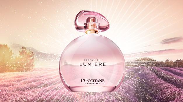 Preizkusili smo Terre de Lumière L'Eau - kristalno čisto in lahkotno dišavo, ki izžareva vedrino (foto: Promocijsko gradivo)