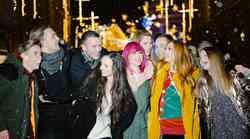 VIDEO: Slovenski glasbeniki posneli fantastično priredbo skladbe White Christmas