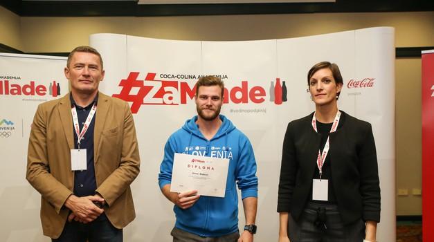 Simon Blažević se je udeležil Coca-Coline Akademije za mlade, ki je tem v podporo pri doseganju poklicnih ambicij. (foto: Matic Bajželj)