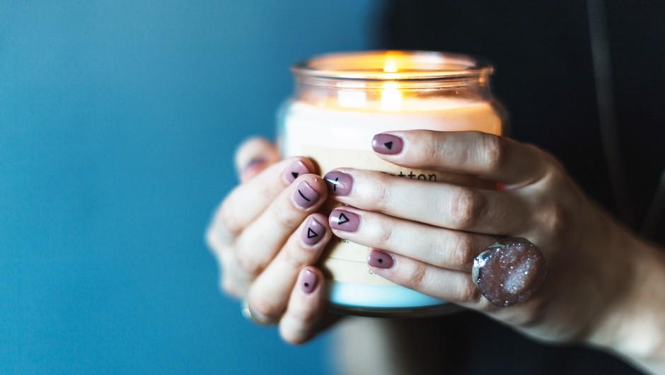 Zakaj bi morala omejiti uporabo dišečih svečk? (foto: Unsplash.com/Daiga Ellaby)