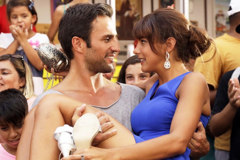 Kdo je seksi igralec, ki ga lahko spremljaš v novi portugalski seriji Največja ljubezen (Amor Maior)? (foto: Planet TV)