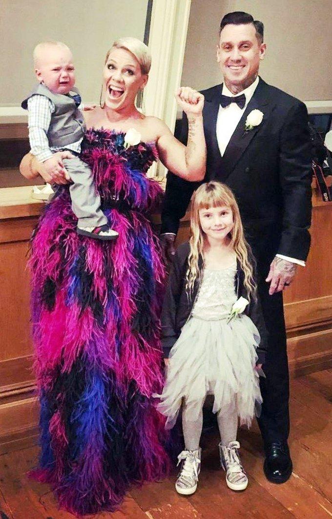 Pink in družina