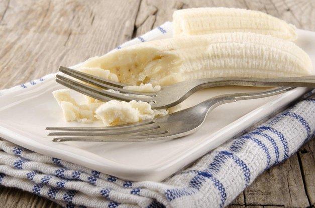 Zmečkaj banano in dodaj ti 2 magični sestavini - Preveri, kaj se zgodi! (foto: Profimedia)