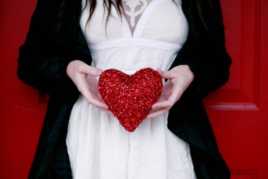 9 valentinovih daril za 9 najpomembnejših ljudi v tvojem življenju! (foto: Sharon McCutcheon / Unslash)