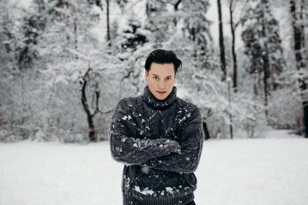 Domen Valič te v marcu vabi, da si ogledaš monokomedijo Zapornik št. 3.2.3. (foto: Urša Premik)