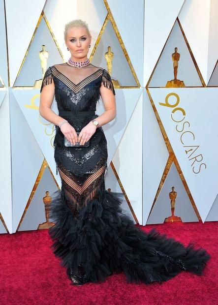 Oskrajev se je letos udeležila tudi smučarka Lindsey Vonn, ki je nekoliko spominjala na Lady Gaga. Nosila je obleko znamke …