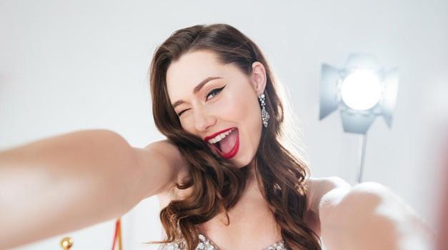"""""""Selfiji"""" so razlog za vse večje število lepotnih operacij nosu! (foto: Profimedia)"""