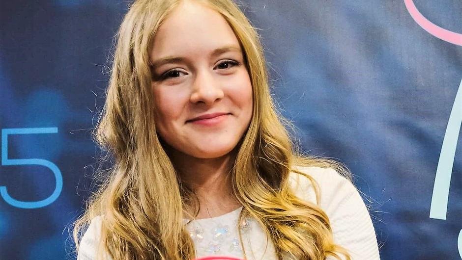 Poglej, kako je danes videti talentka Lina Kuduzović! (foto: Facebook/Lina Kuduzović)