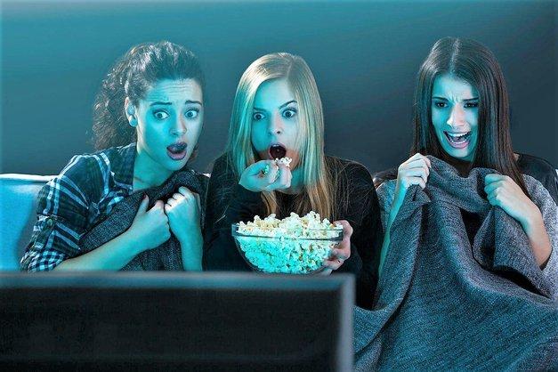 Ne boš verjela, koliko energije porabiš med gledanjem grozljivk! (foto: Profimedia)