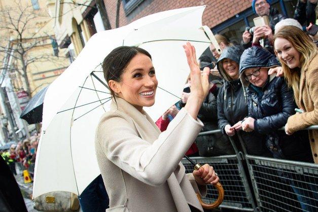 Je Meghan Markle že sedaj bolj priljubljena kot Kate Middleton? (foto: Profimedia)