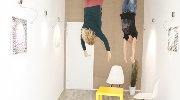 Muzej iluzij: Si pripravljena, da obrneš svet na glavo? (foto: Promocijsko gradivo)