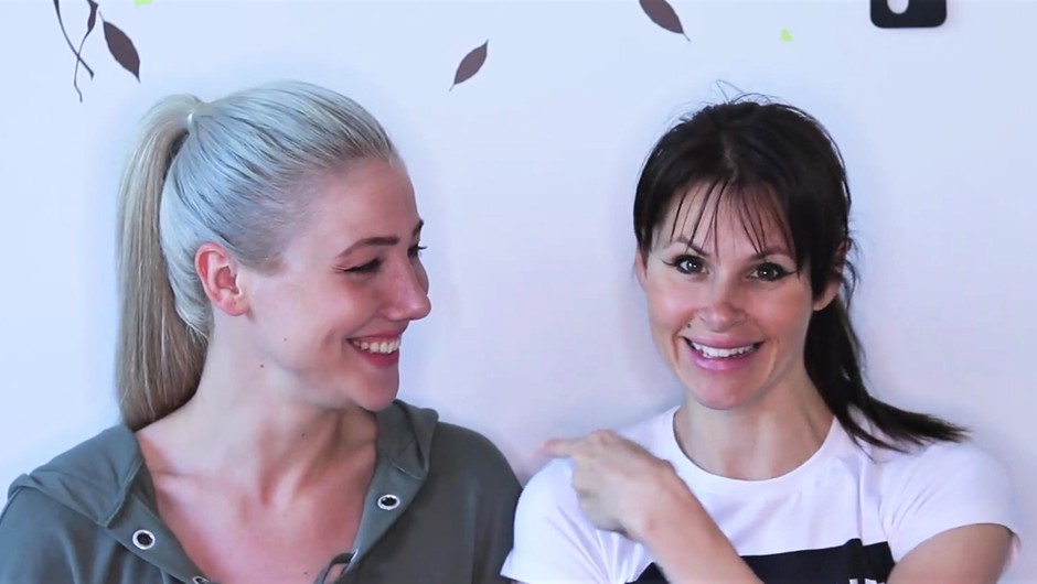 Indira Ekić in Teja Perjet (Cool Fotr) posneli video, ki te bo nasmejal do solz! (foto: Prt Scr/Facebook Cool Fotr)