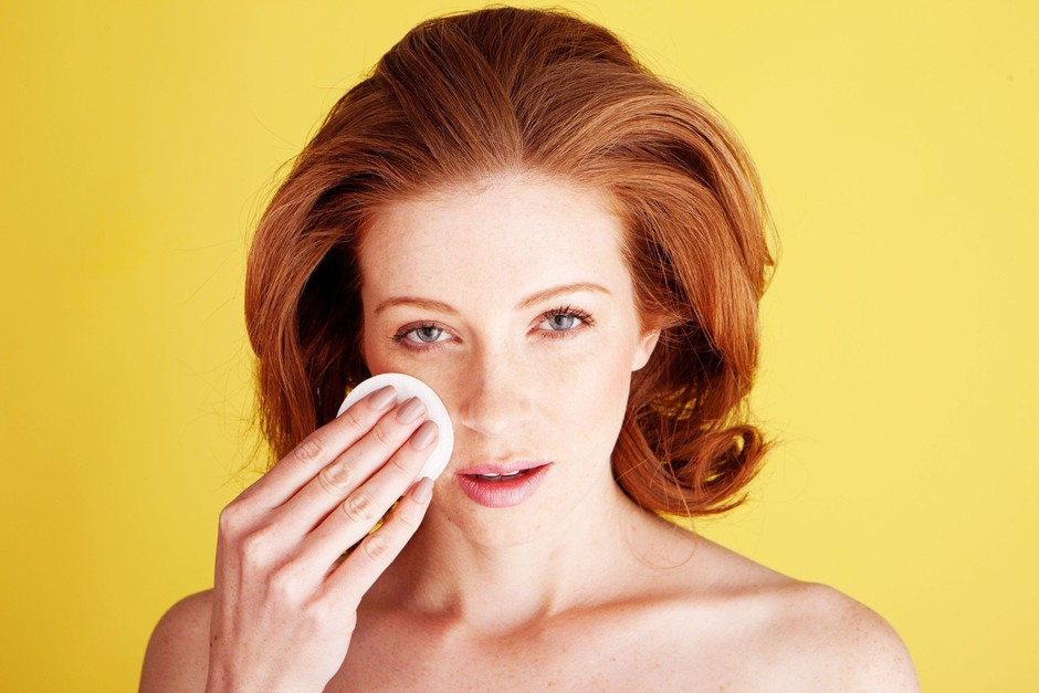 Kaj se v resnici zgodi s tvojo kožo, če pred spanjem ne odstraniš ličil? (foto: Profimedia)