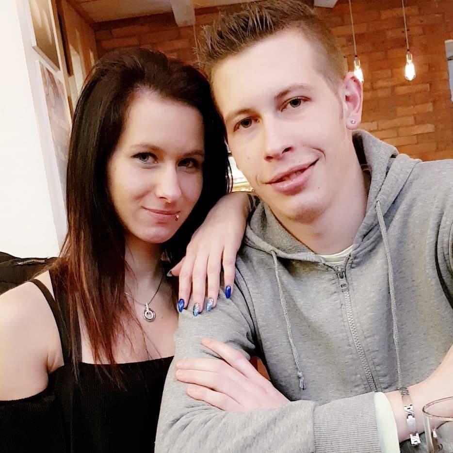 TAKO sta družini Tamare in Renata (Ljubezen po domače) sprejeli novico o njuni zaroki! (foto: Instagram.com/@tamarateena.99)