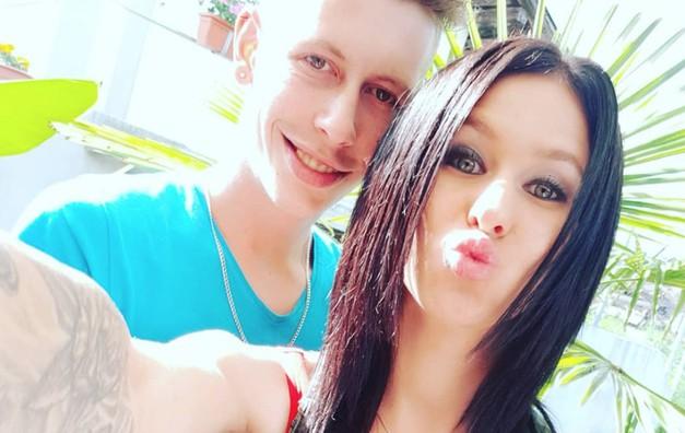 Poleg zaroke sta Tamara in Renato (Ljubezen po domače) sporočila še eno veselo novico (foto: Instagram.com/tamarateena.99)
