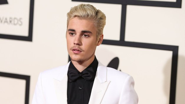 Šokantno! Justin Bieber UJET z novo/staro ljubeznijo (foto: Profimedia)