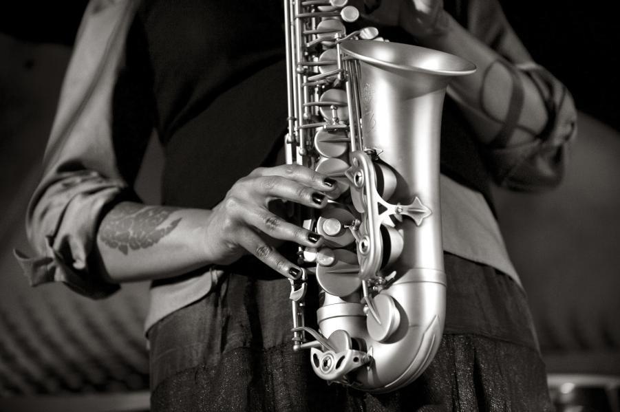 V ženskih rokah: Vabljena na fotografsko razstavo Petre Cvelbar (Cosmo art direktorice) (foto: Petra Cvelbar)