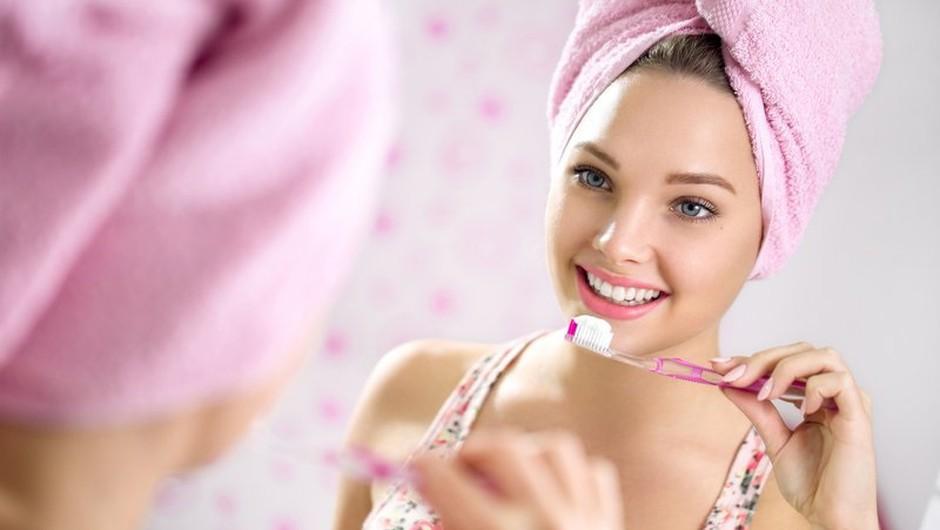 Želite več od običajne zobne paste? (foto: shutterstock)
