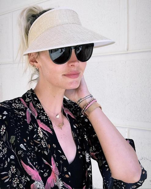 """Tjaša je 24. junija začetek počitnic naznanila s to fotografijo in pripisom """"Vacay mood: ON""""."""