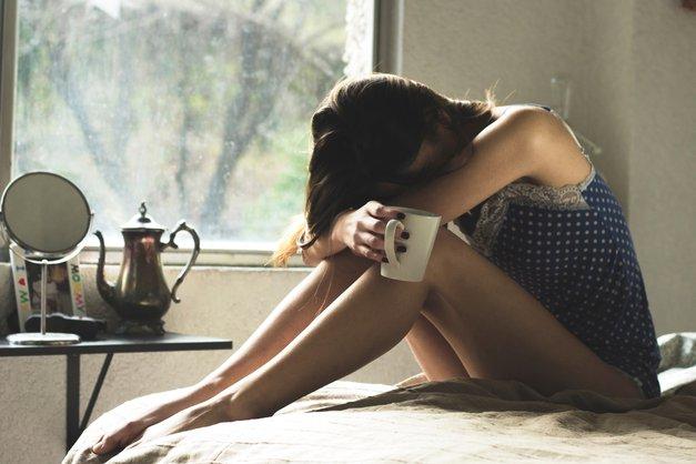 Kako pregnati glavobol? Z dvema sestavinama, ki ju imaš prav gotovo doma! (foto: Unsplash.com/Asdrubal Luna)