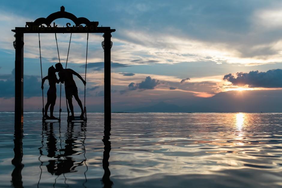 To so trije najbolj kompatibilni pari astroloških znamenj (ki bodo skupaj za vedno!) (foto: Unsplash.com/Azul Aziz)