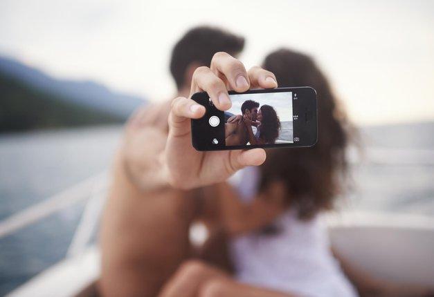 9 novih pravil spogledovanja na družbenih omrežjih (foto: Getty Images)