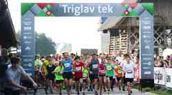 V družbi športnih zvezdnikov teklo več kot 1.600 tekačev
