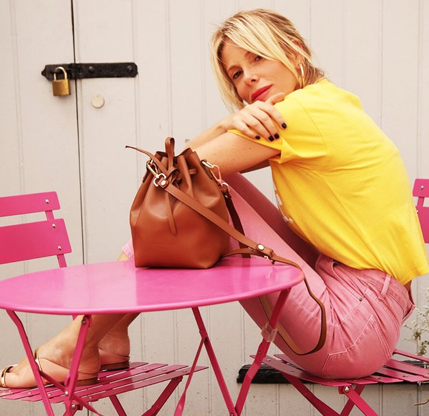 Džins to jesen stiliramo kot Alessia Marcuzzi na milanskem tednu mode (foto: Instagram.com/alessiamarcuzzi)