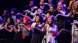 Perpetuum Jazzile ob 35-letnici z Le slovenskim koncertom