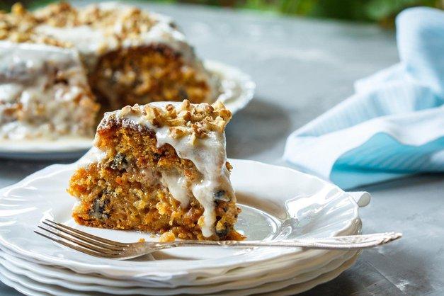RECEPT: Fantastična korenčkova torta BREZ masla (v samo 30 min) (foto: Profimedia)