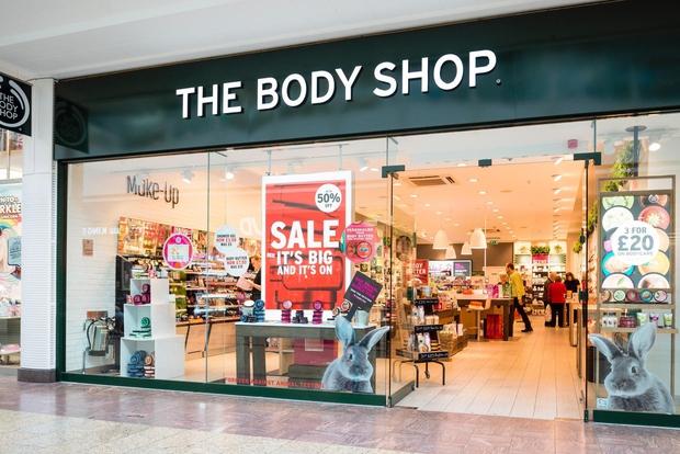 The Body Shop Slovenija je letos odprl svojo prvo poslovalnico v Ljubljani, danes pa še v Mariboru! Iz njihove bogate …