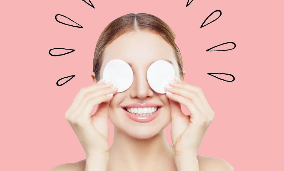 Vlažilno vodico za obraz si lahko narediš tudi sama! (Iz teh 2 sestavin) (foto: Profimedia)