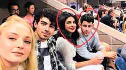 FOTO: Nick Jonas in Priyanka Chopra sta se poročila!