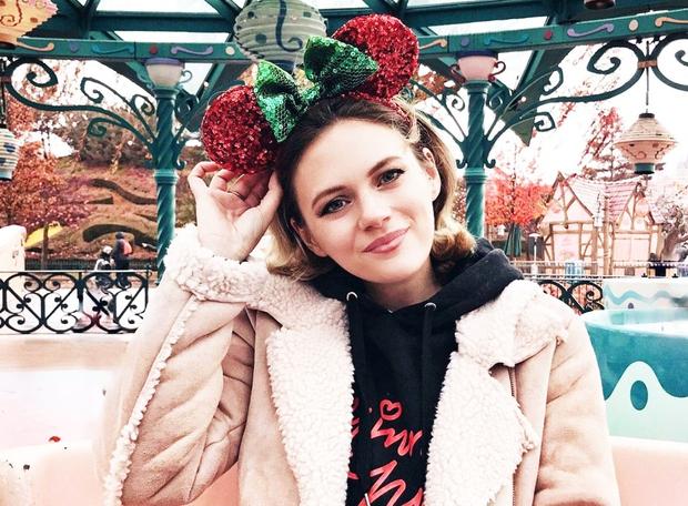 Si pripravljena na popoldansko dozo sladkorja? TO so božični puloverji, ki so nas prepričali letos! Prvi je za dekleta, ki ...