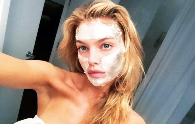 Za to FANTASTIČNO praznično masko boš potrebovala le 2 sestavini (foto: Profimedia)