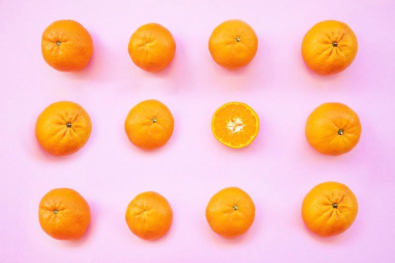 Preden poješ mandarino, VEDNO naredi TO (sicer naredijo več škode kot koristi!) (foto: Profimedia)